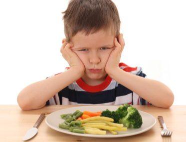 enfants manger legumes